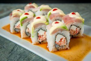 Osaka 777 sushi roll with sauce